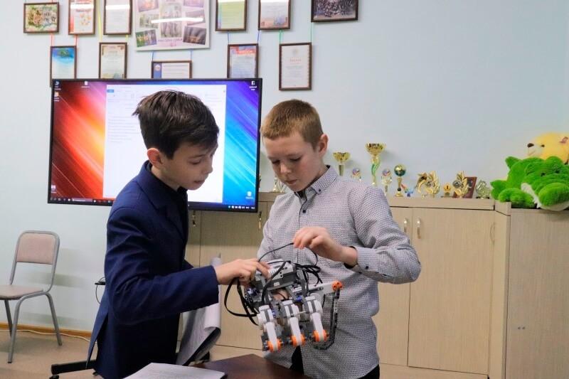 Открытая конференция юных исследователей, посвященная памяти Л.Д. Земляницыной